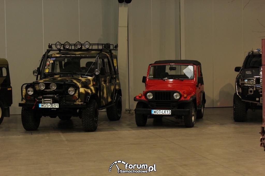 Samochody terenowe, mały i duży