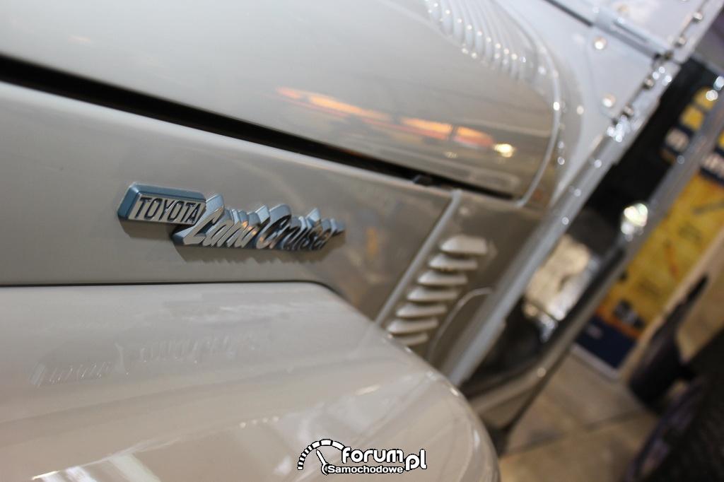 Toyota Land Cruiser 40, logo, znaczek