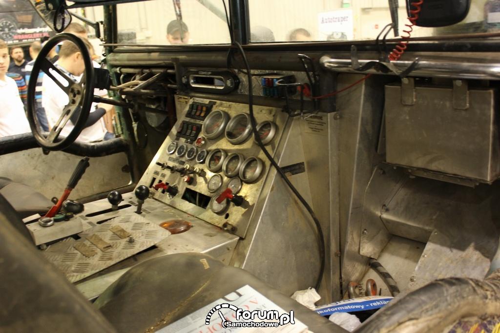 Trophy-Raid Ladoga, samochód offroad, wnętrze
