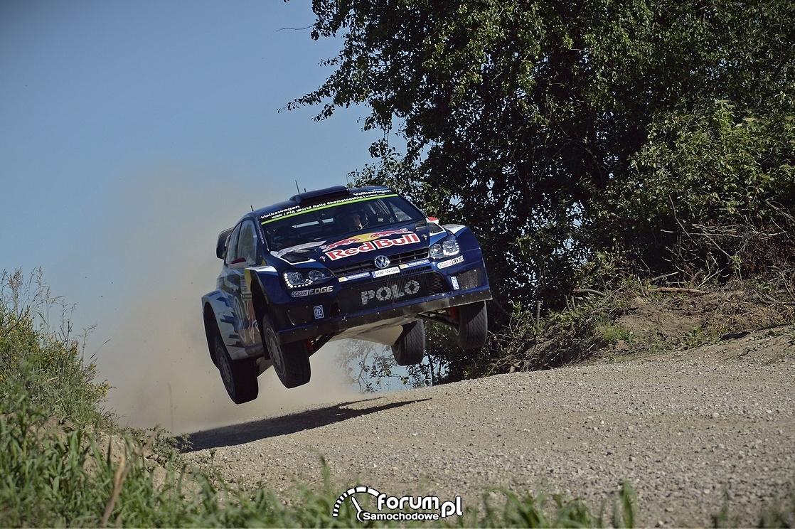 Volkswagen Polo R WRC, długi skok w powietrzu