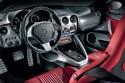 Alfa Romeo 8C Coupe, wnętrze