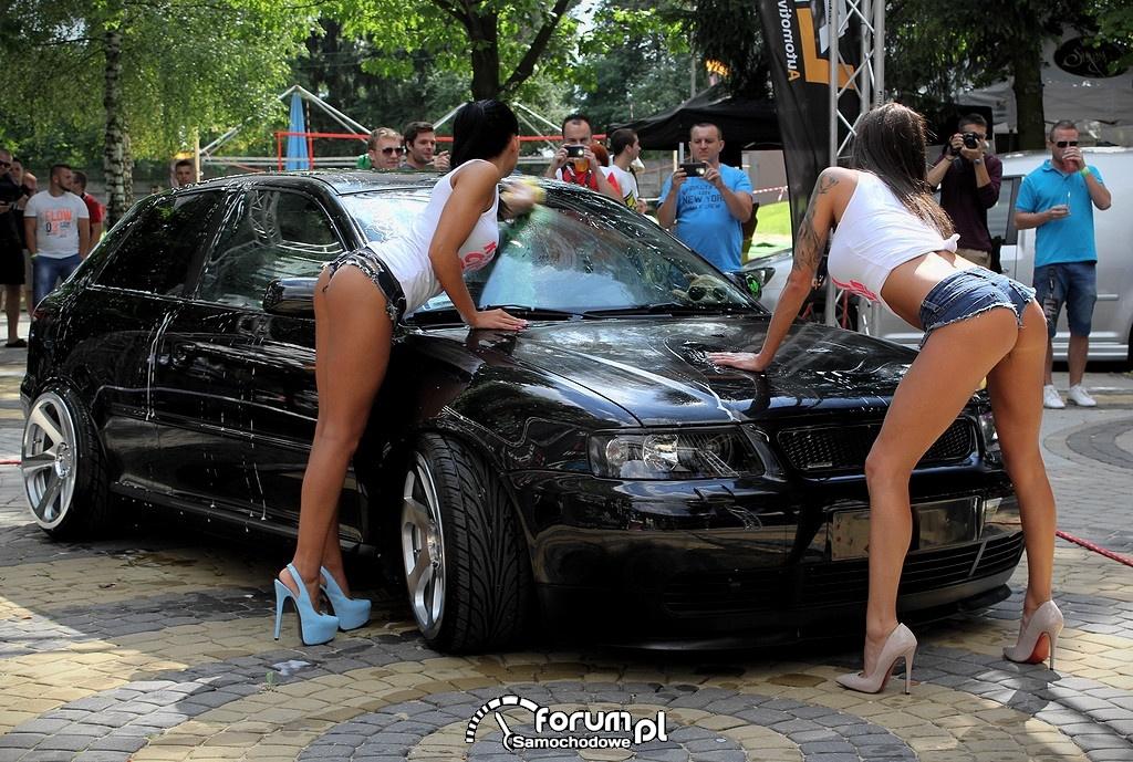 Car wash Girls, Dziewczyny myją Audi A3