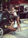 Dziewczyny myją samochód, car wash show