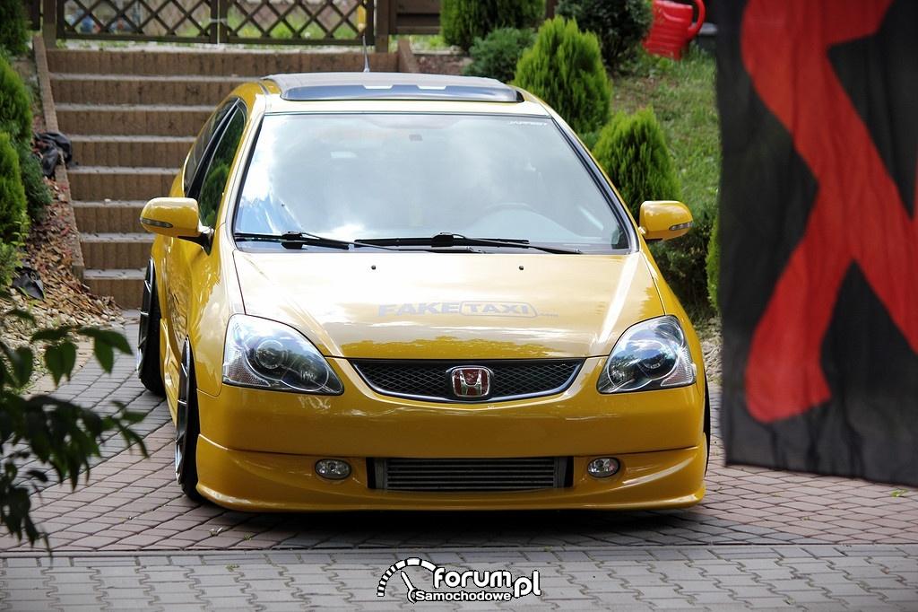 Honda Civic VII, przód