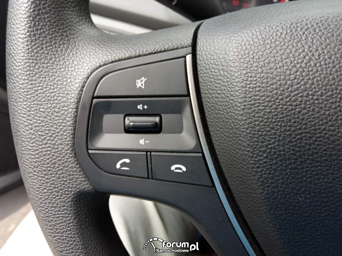 Przyciski z lewej strony na kierownicy