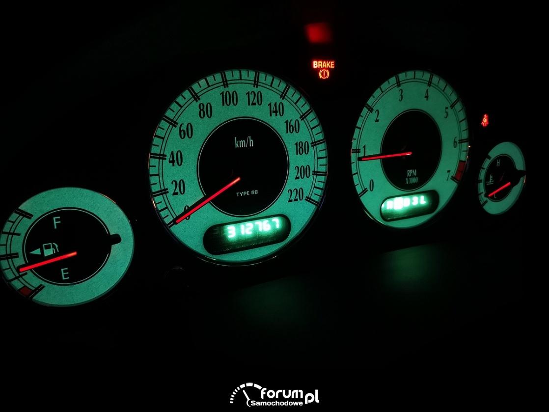 Chrysler Grand Voyager 3.3 LIMITED, podświetlenie zegarów