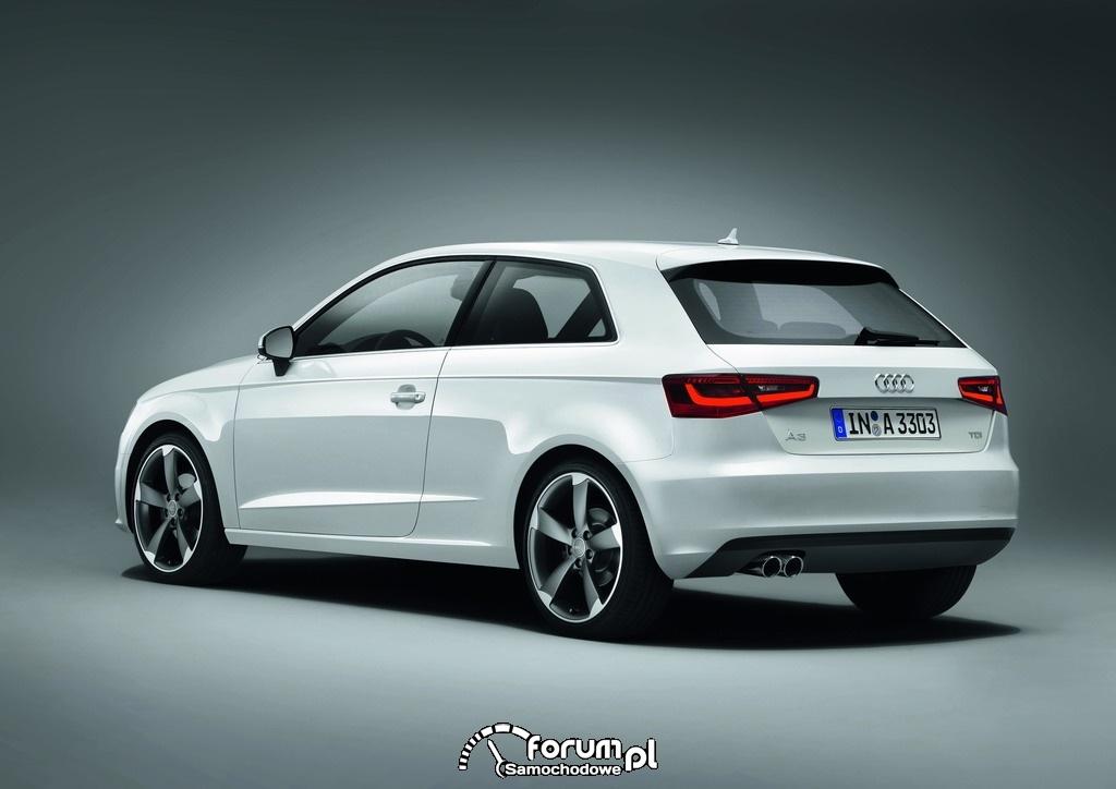 Audi A3 2012, 2