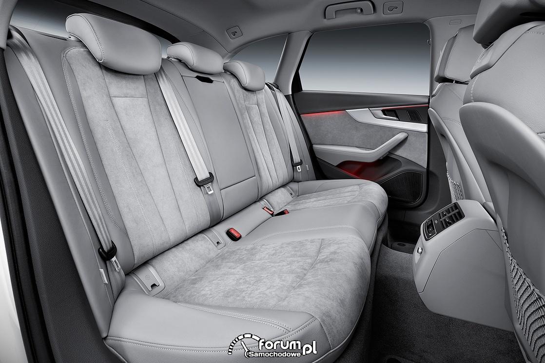 Audi A4 allroad quattro, wnętrze, tylna kanapa
