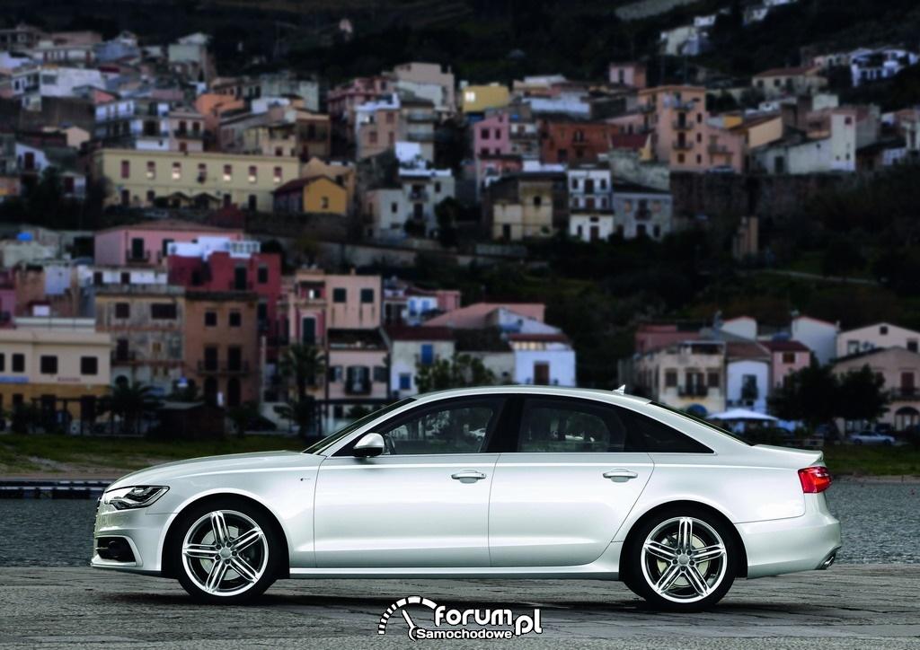 Audi A6 - THE BEST CAR 2011 : 5