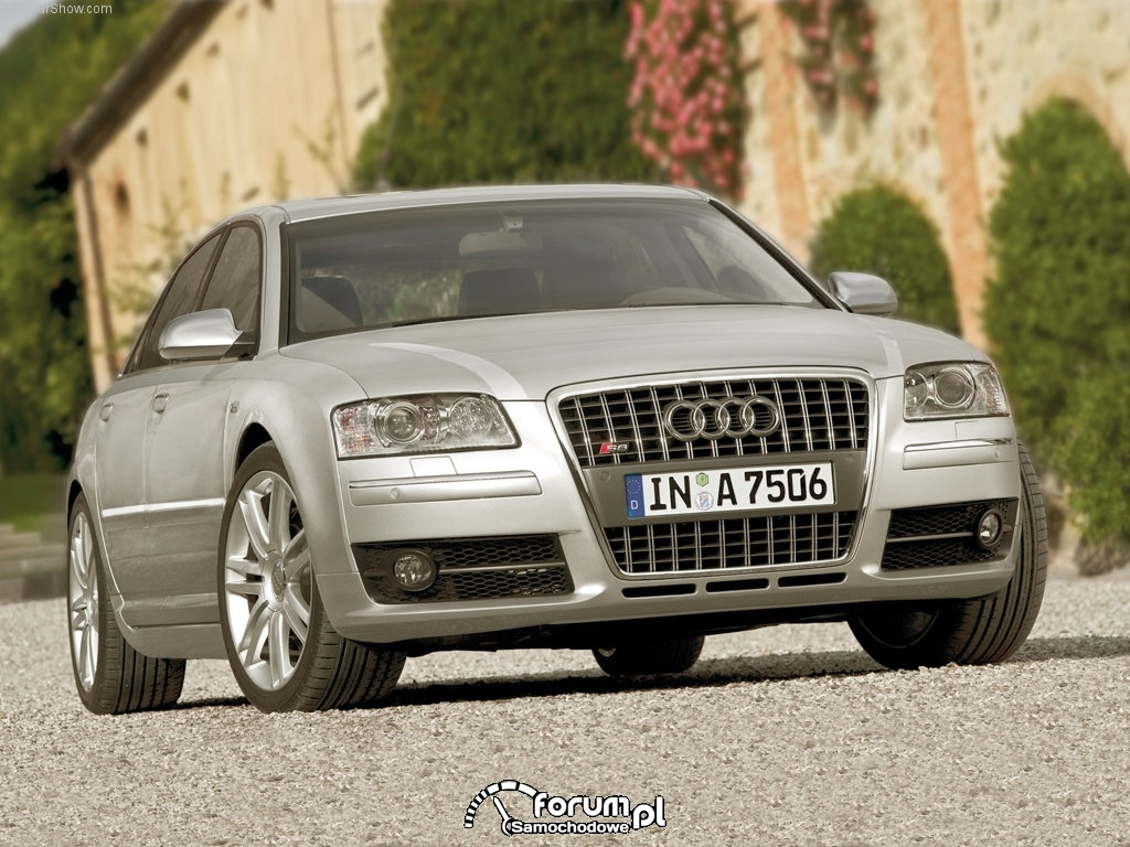 Audi A8 D3, przód