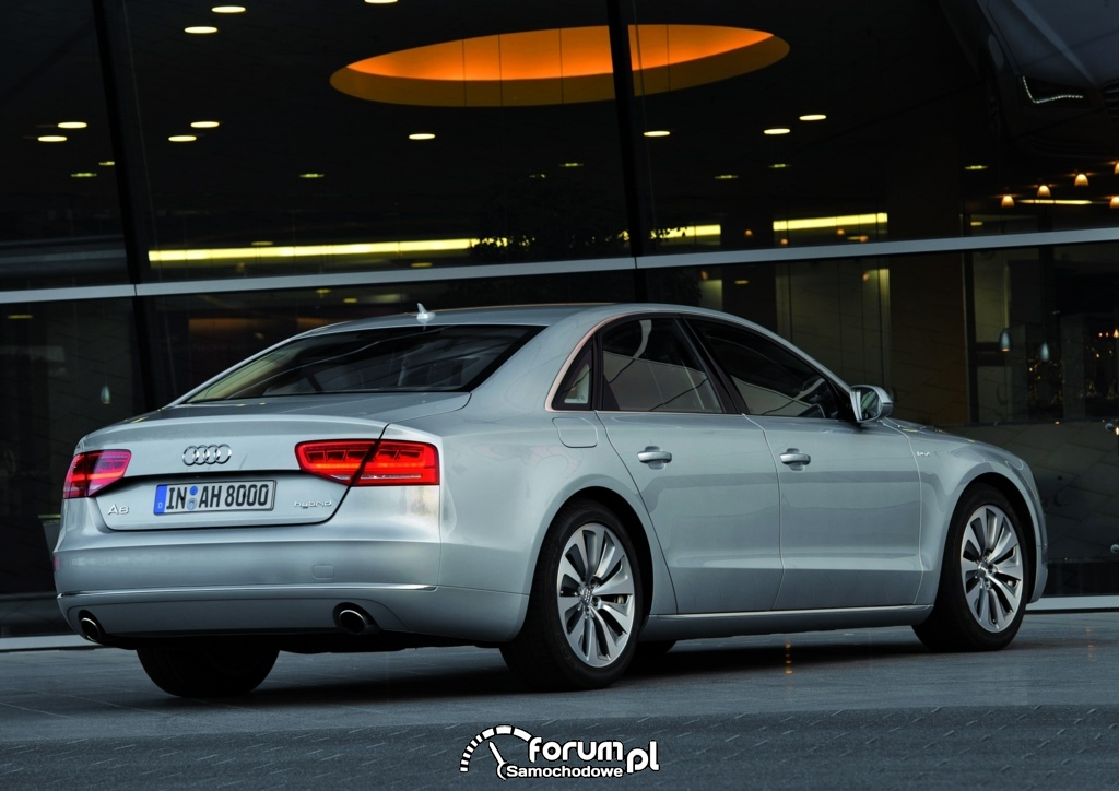 Audi A8 hybrid, 2