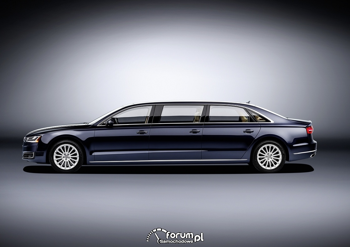 Audi A8 L extended, bok