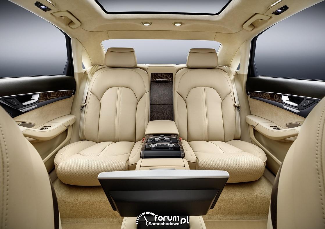 Limuzyna Audi A8 L extended