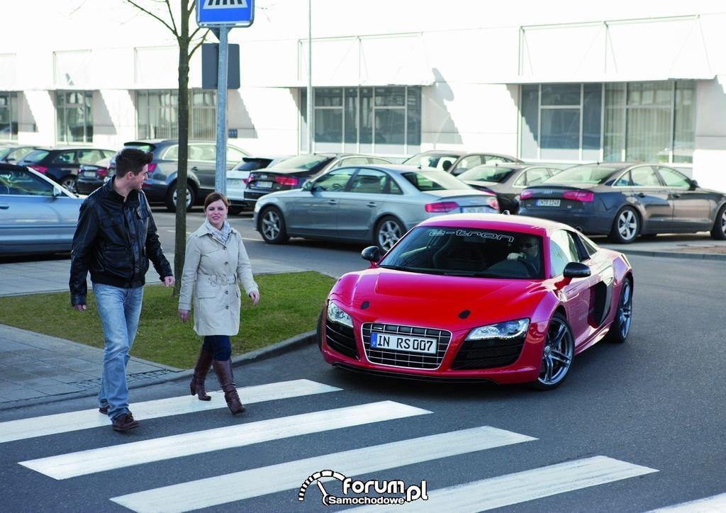 Audi e-sound - Audi R8 e-tron, 5