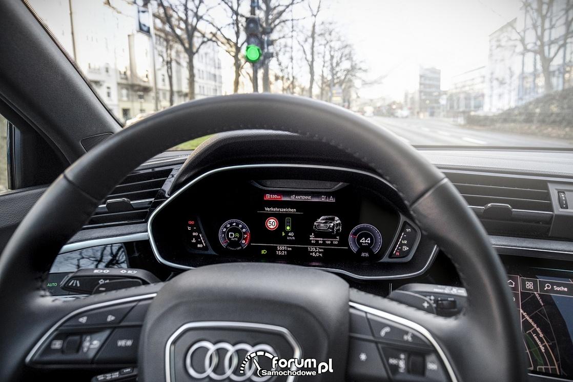 Audi łączy się z uliczną sygnalizacją świetlną w Düsseldorfie