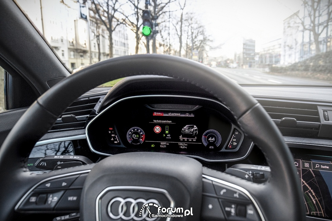 Audi e-tron, zegary