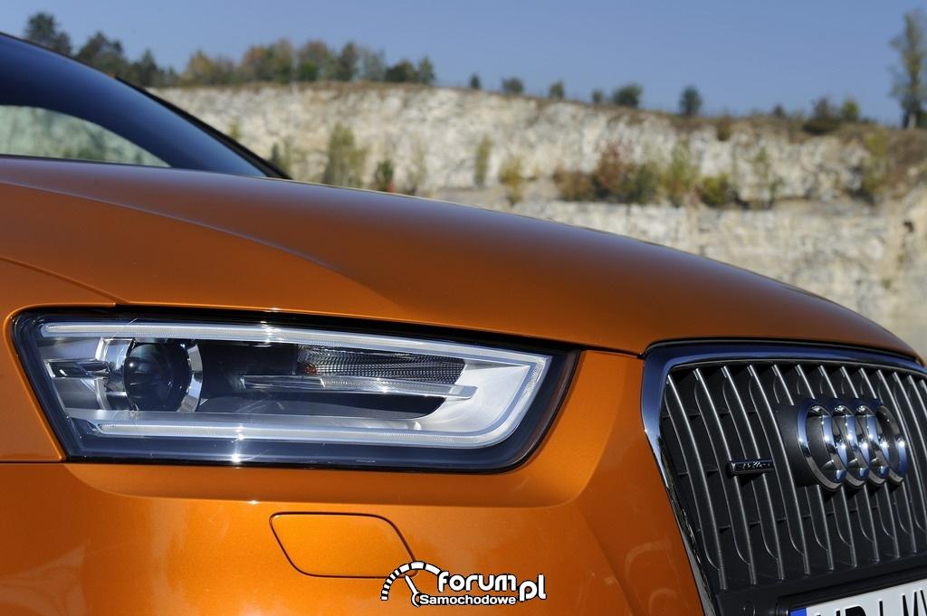 Audi Q3 - lampa przednia