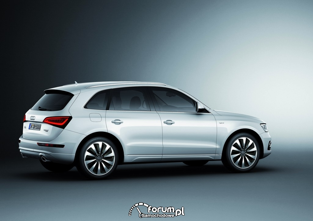 Audi Q5 hybrid quattro, 2
