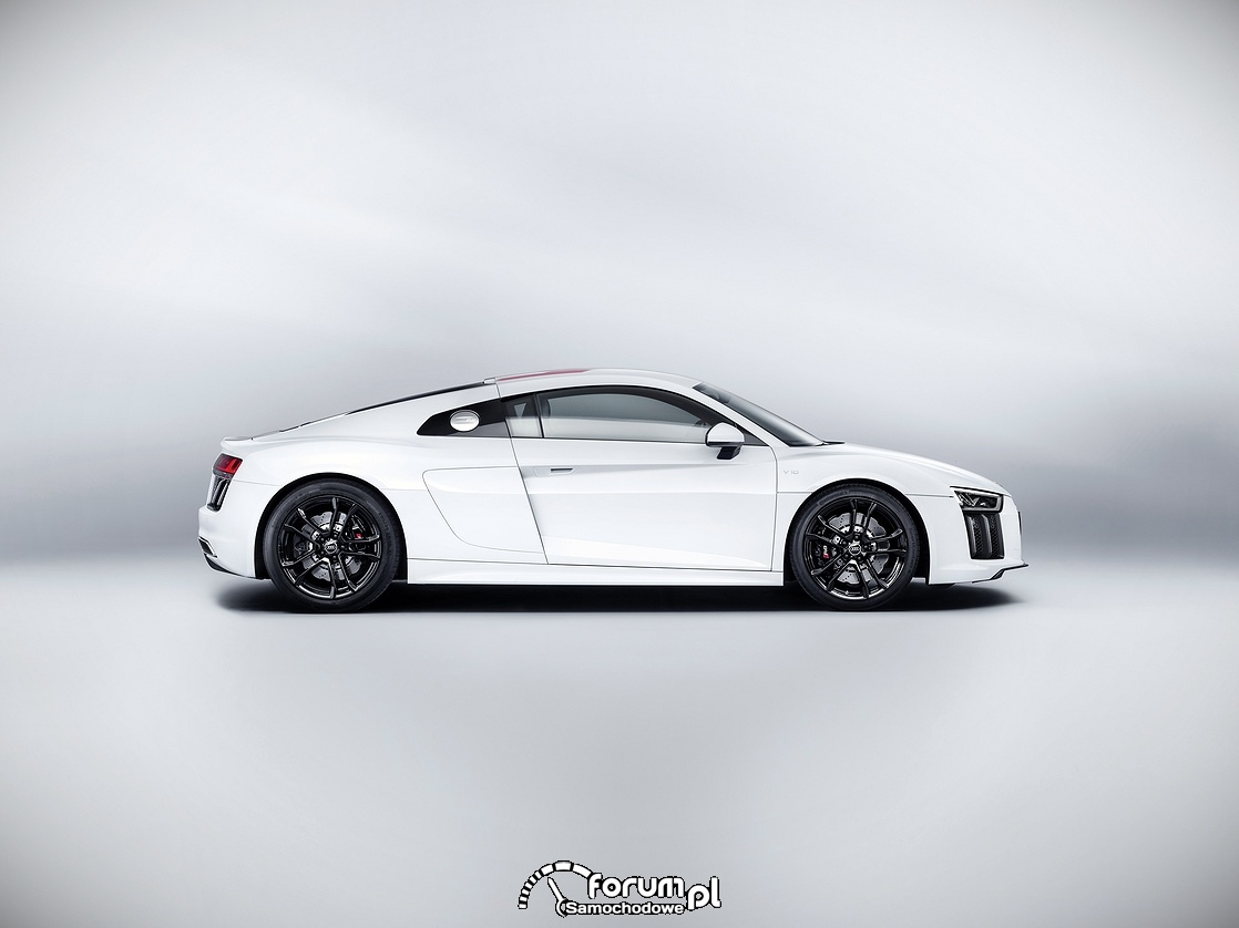 Audi R8 V10 RWS, bok