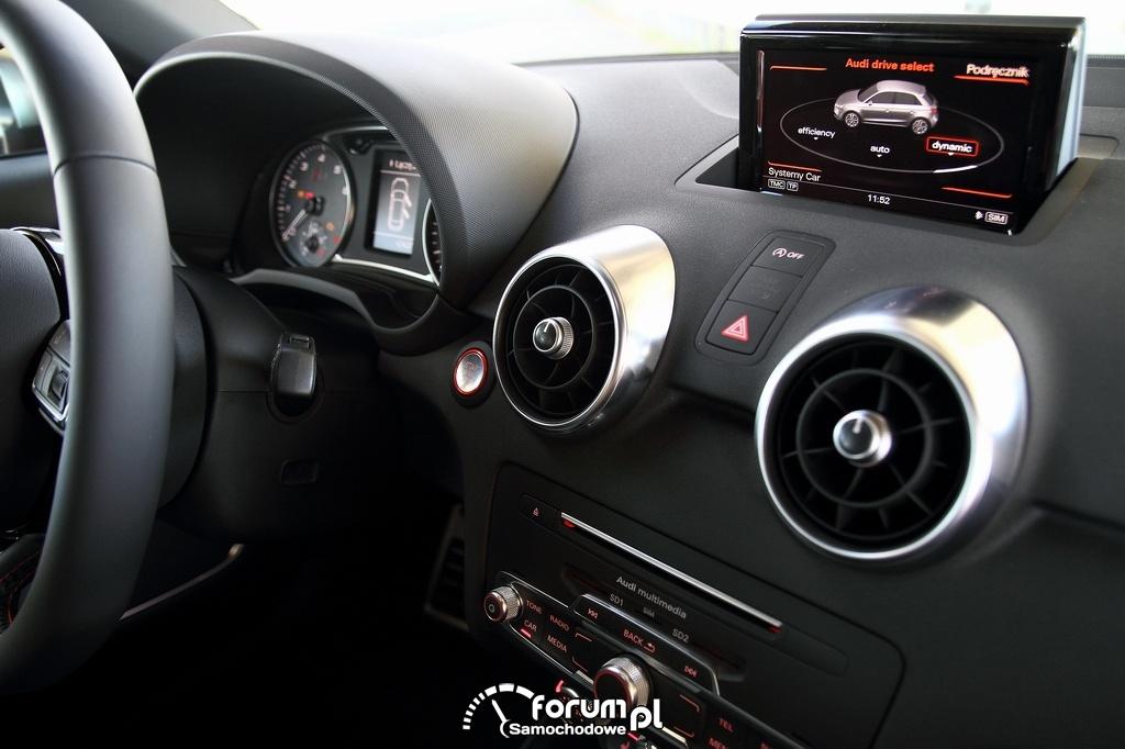 Audi S1 Sportback, wnętrze, deska rozdzielcza