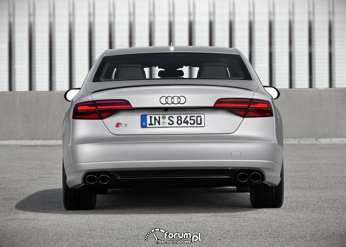 Audi S8 plus, tył