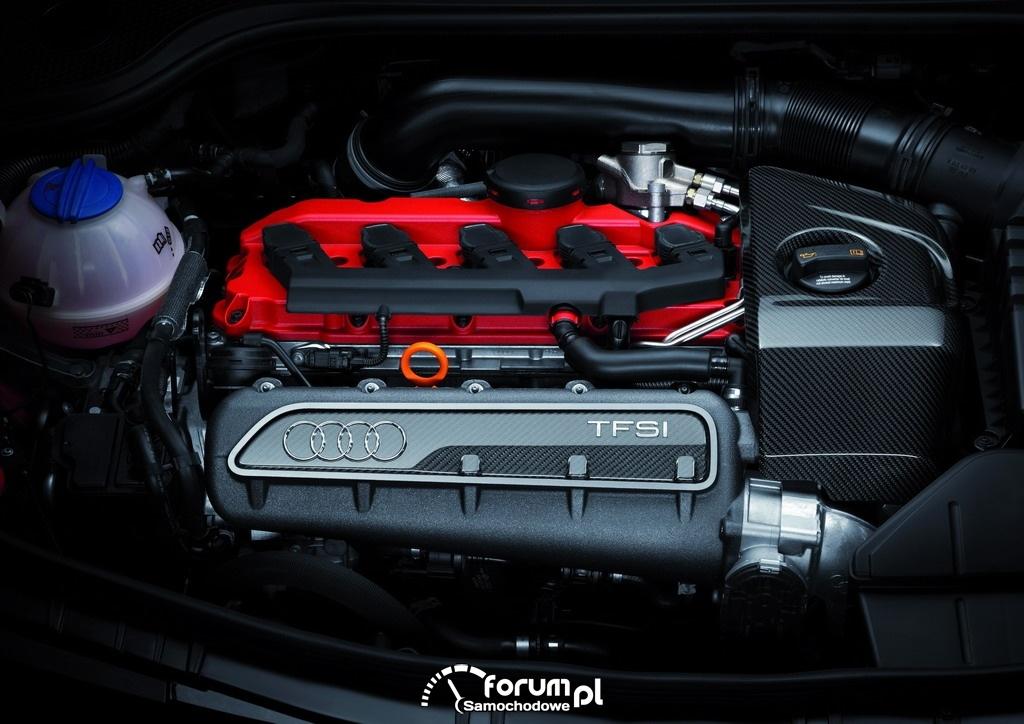 Audi TT RS plus - silnik
