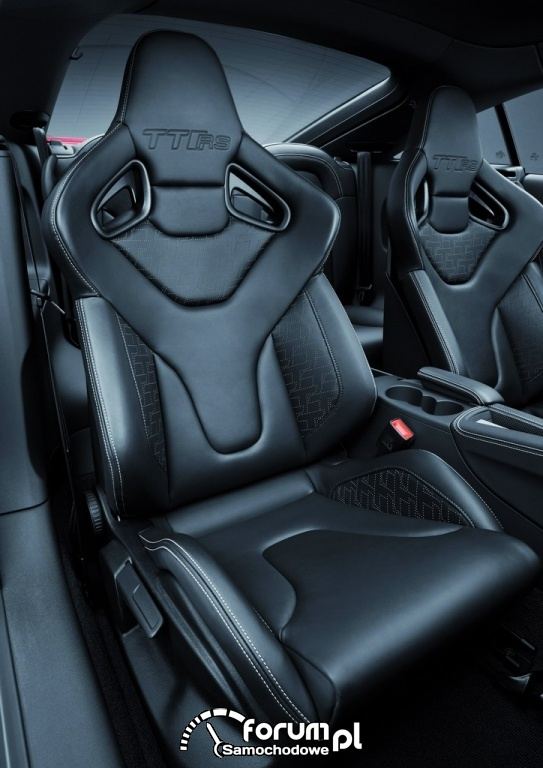 Audi TT RS plus - sportowe fotele