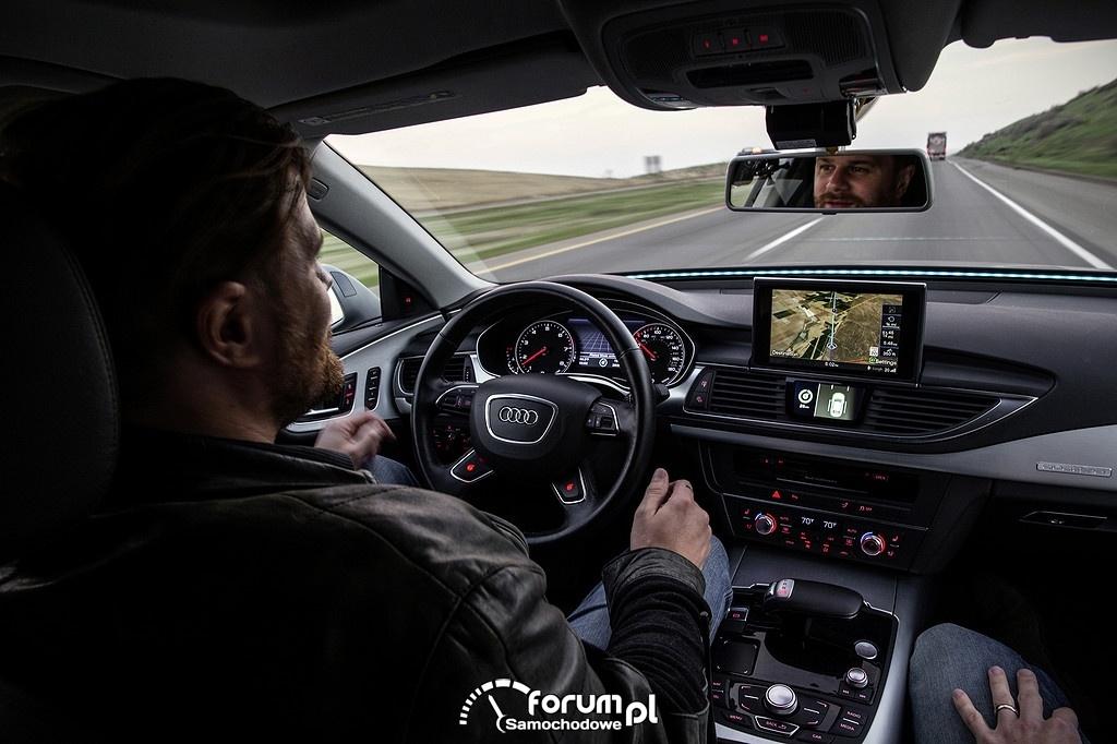 Autopilot prowadzi Audi A7 piloted driving concept