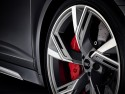Audi RS 6 Avant, alufelgi i czerwone zaciski hamulcowe