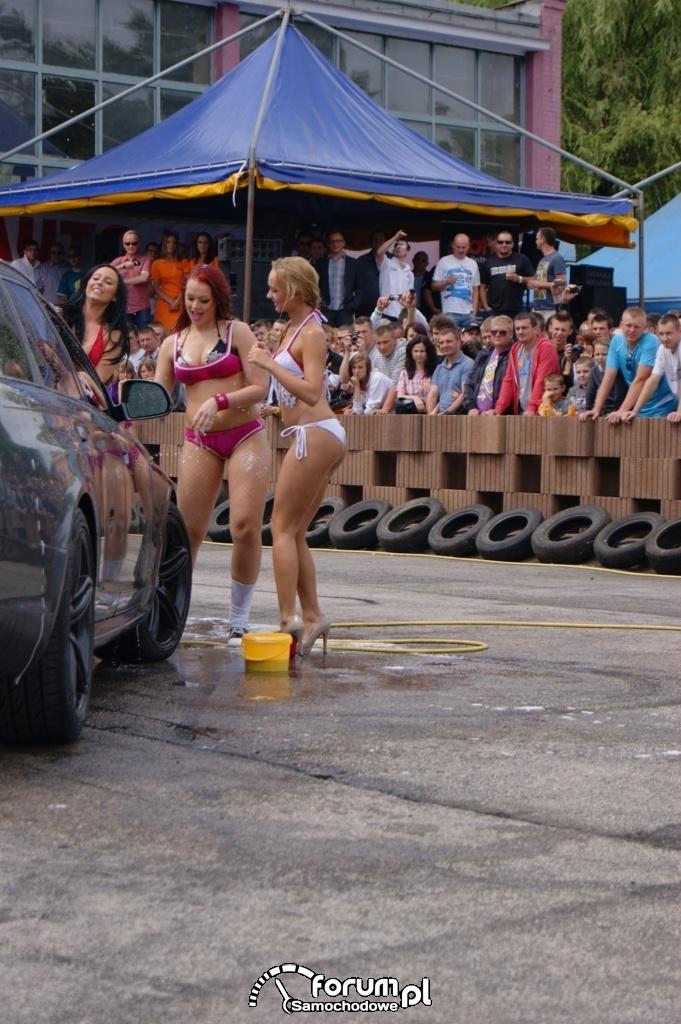 Myjnia bikini, dziewczyny, carwash, 17