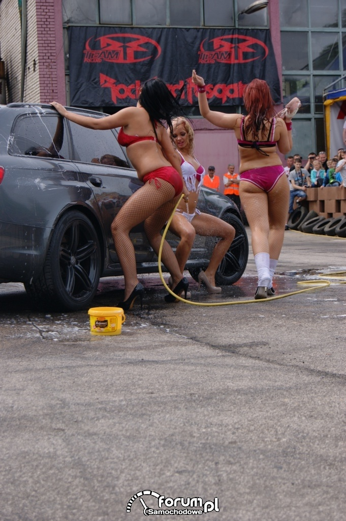 Myjnia bikini, dziewczyny, carwash, 23