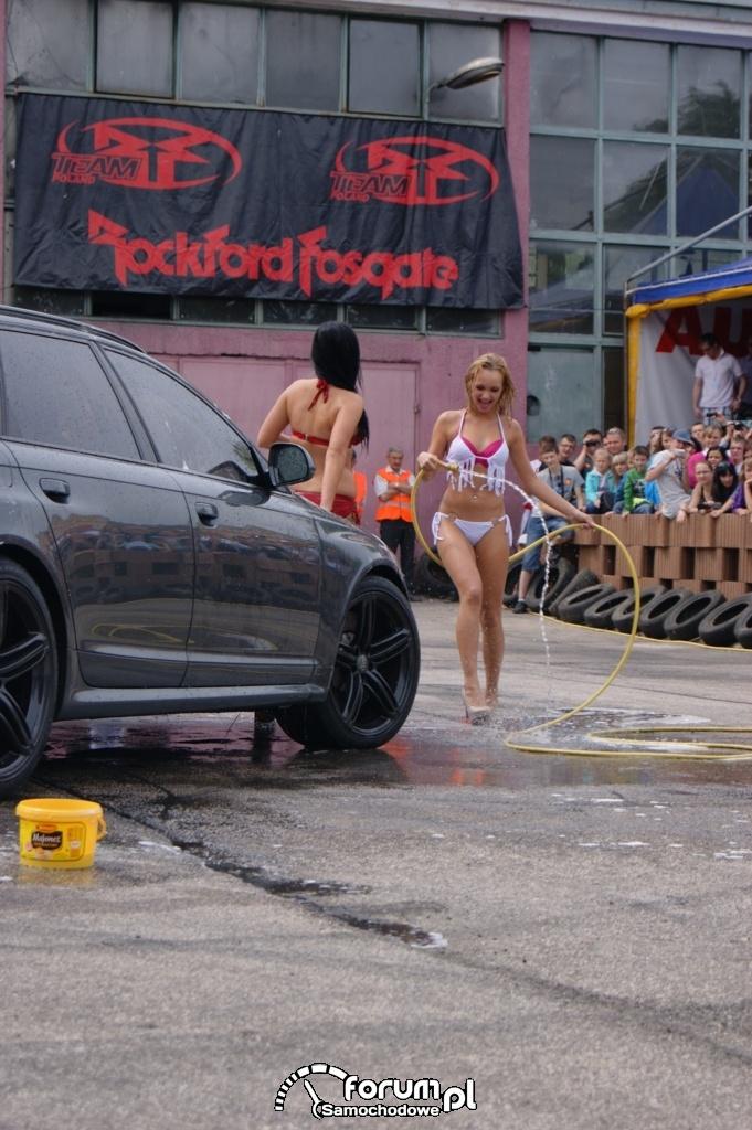 Myjnia bikini, dziewczyny, carwash, 28