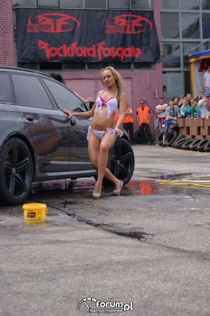 Myjnia bikini, dziewczyny, carwash, 35
