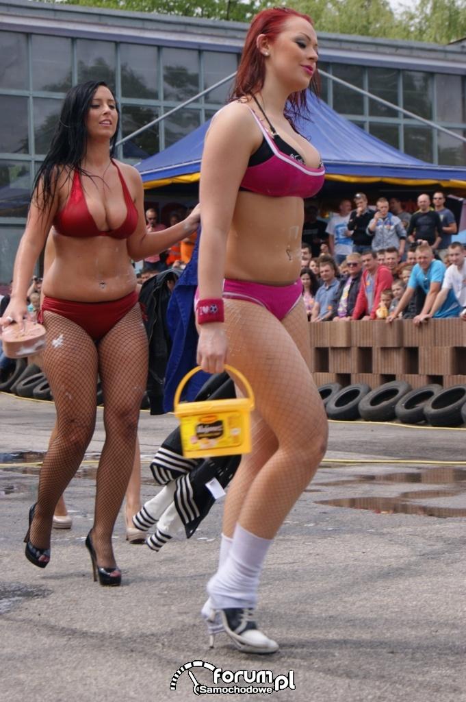 Myjnia bikini, dziewczyny, carwash, 46