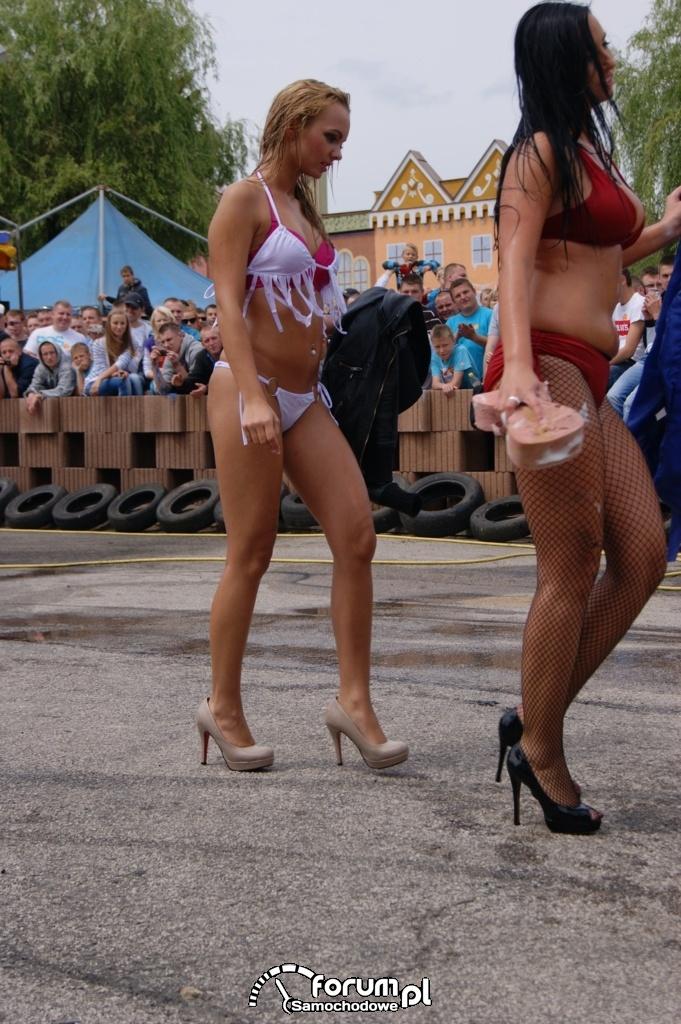 Myjnia bikini, dziewczyny, carwash, 47