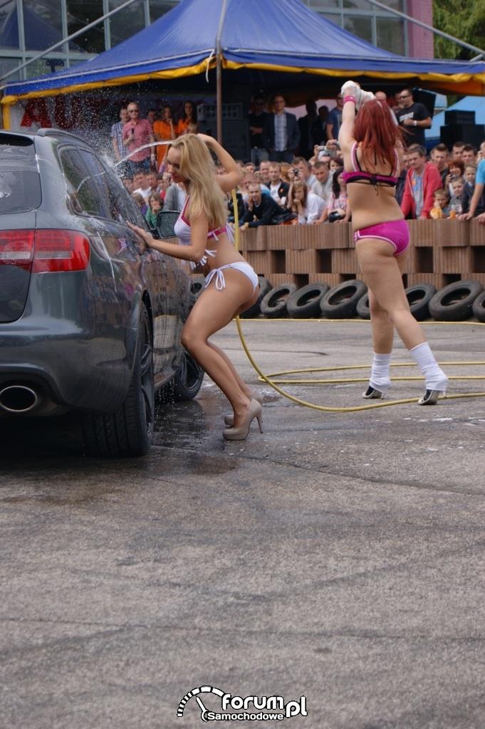 Myjnia bikini, dziewczyny, carwash, 7