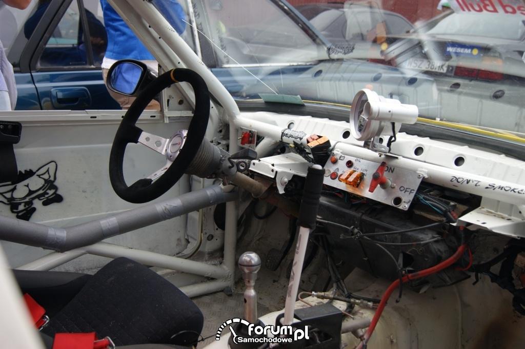 Wnętrze BMW do driftu