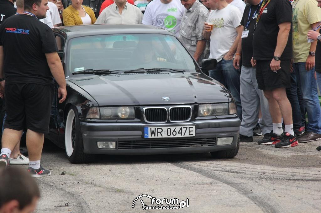 BMW E36 serii 3 coupe, publiczność