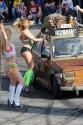 Dziewczyny myją w bikini, Fiat 126p