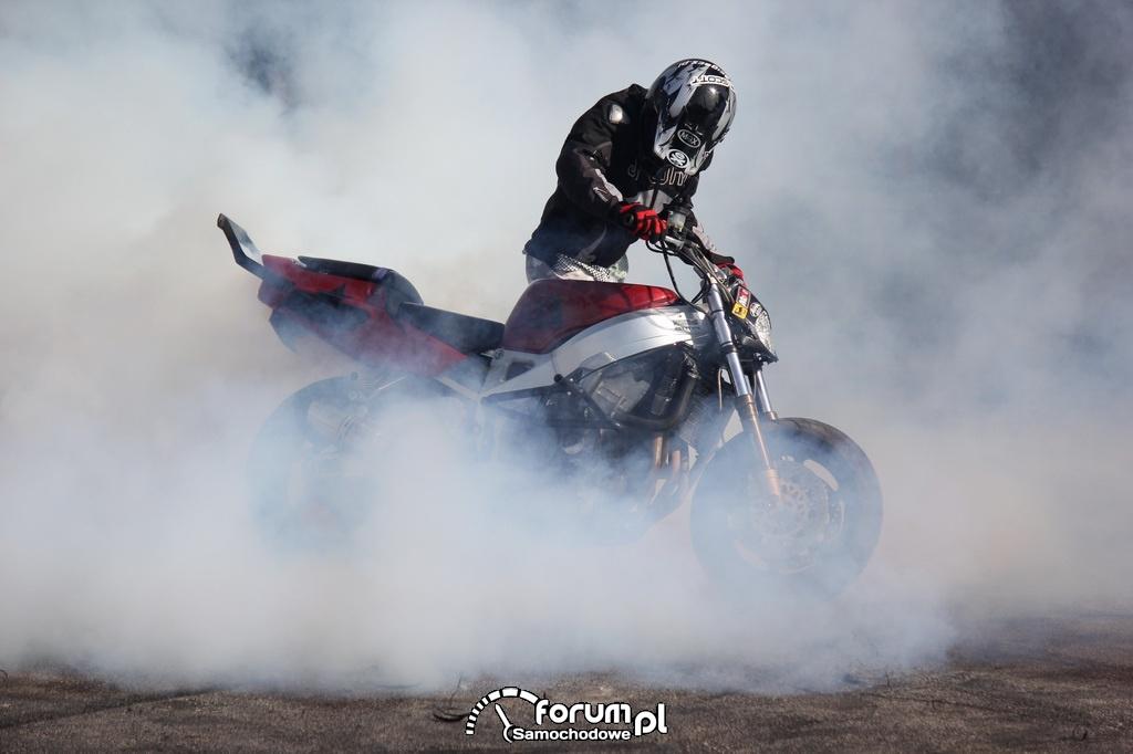 Pokazy Stuntu Motocyklowego, 5