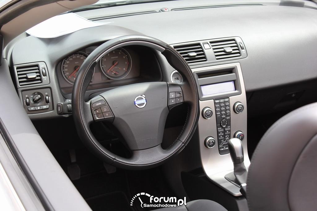 Chwalebne Volvo S40 Cabrio, wnętrze zdjęcie : Auto Moto Show - Skaryszew 2013 IK05