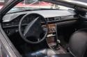 Mercedes-Benz 124 coupe, wnętrze