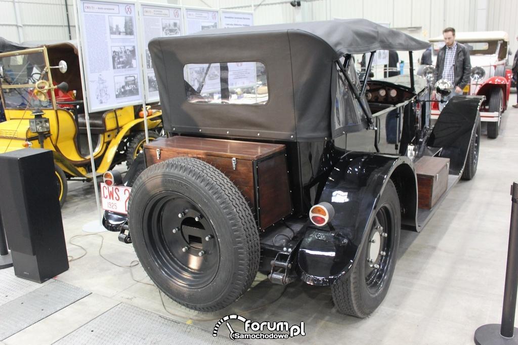 CWS T-2, tył