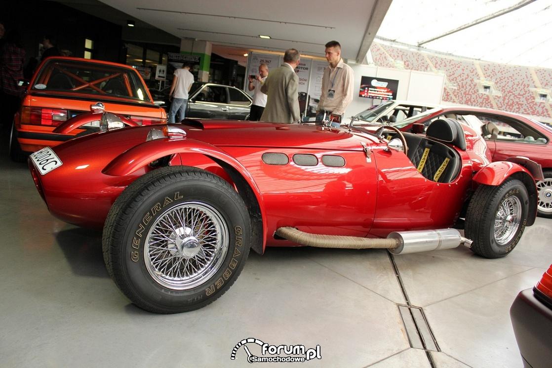 Ronart W152 roadster, bok