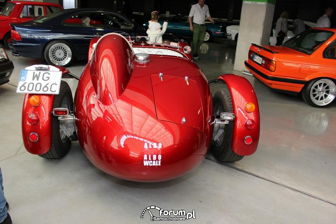 Ronart W152 roadster, tył