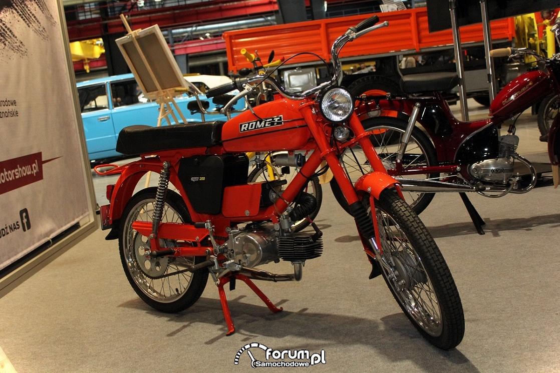 Romet Ogar 200, motorower