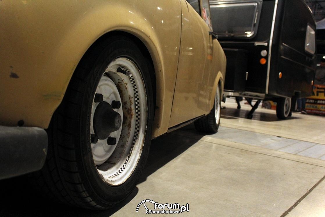 Trabant 601S, białe felgi