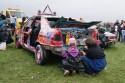 Dzieci malują samochody