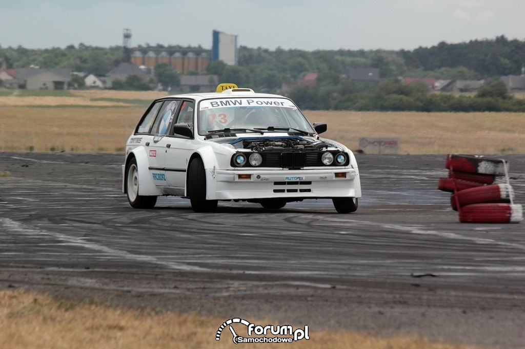 BMW E30 kombi, drift taxi, 2