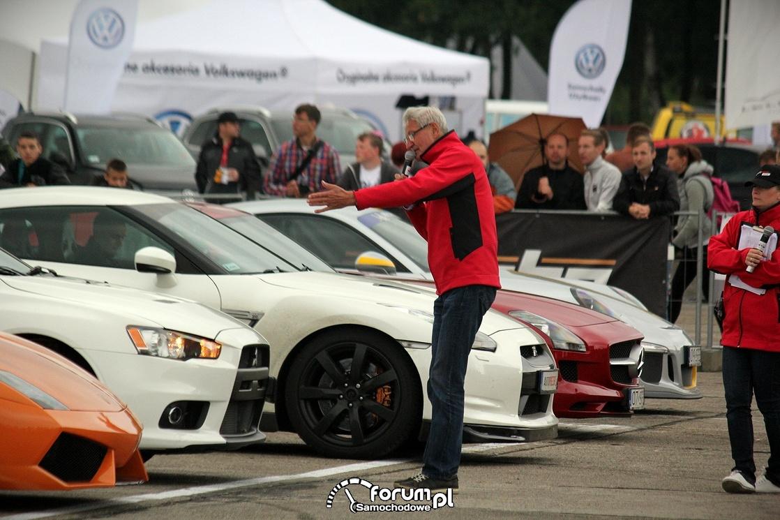 Maciej Wisławski opowiada o sportowych samochodach